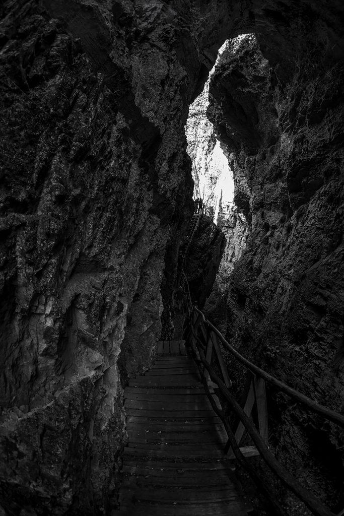 Дяволски мост, Родопи, Борино